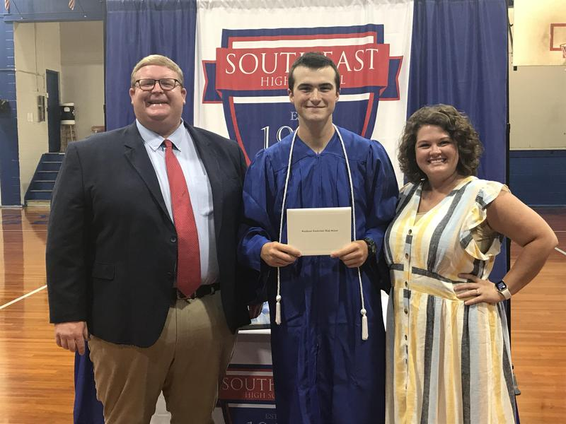 SEHS Senior Wyatt Simmons Graduation Photo