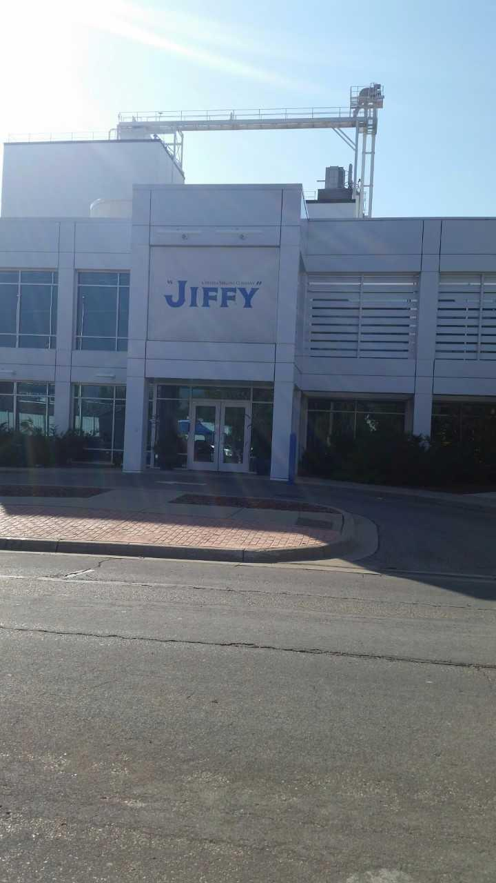 Front entrance to Jiffy.