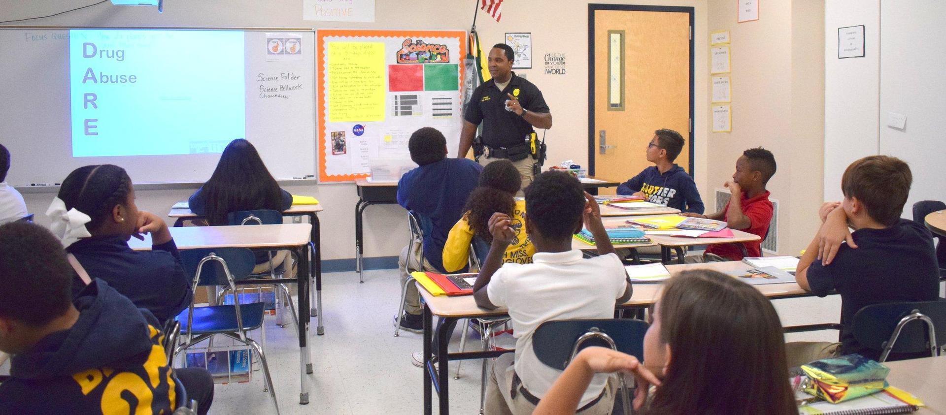 Officer Wilson teaching DARE Program