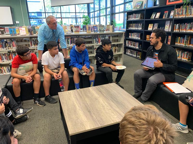 Students listen to author Raul the Third