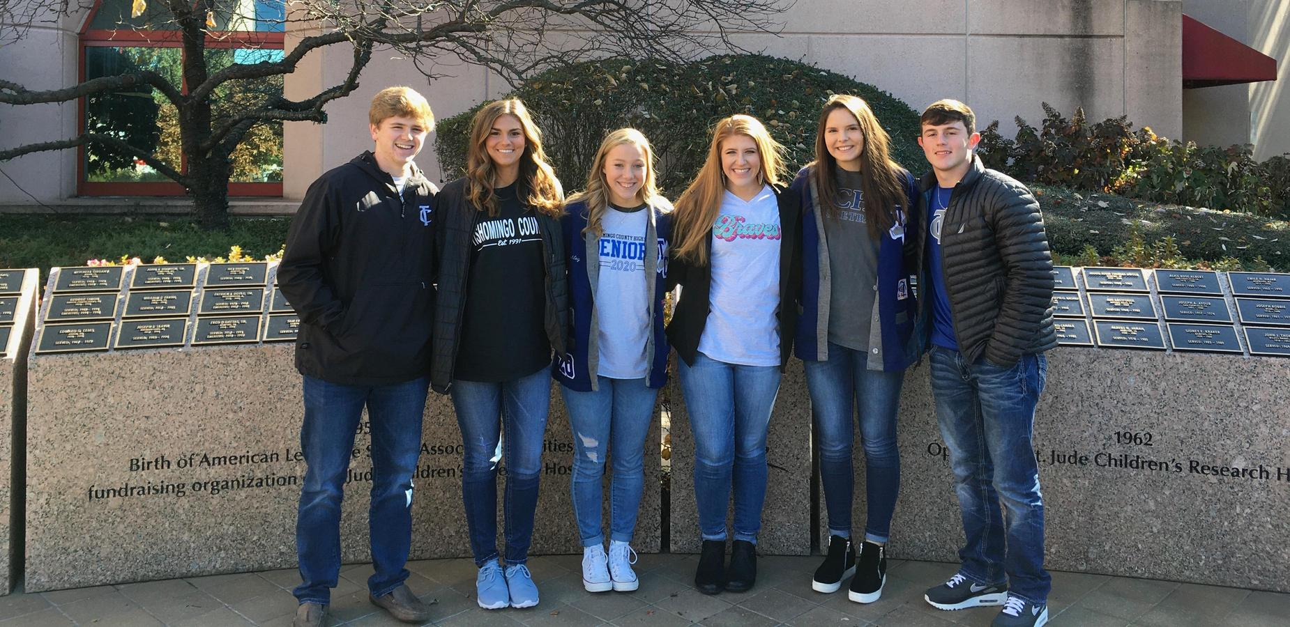 TCHS Seniors Visit St. Jude to deliver donations