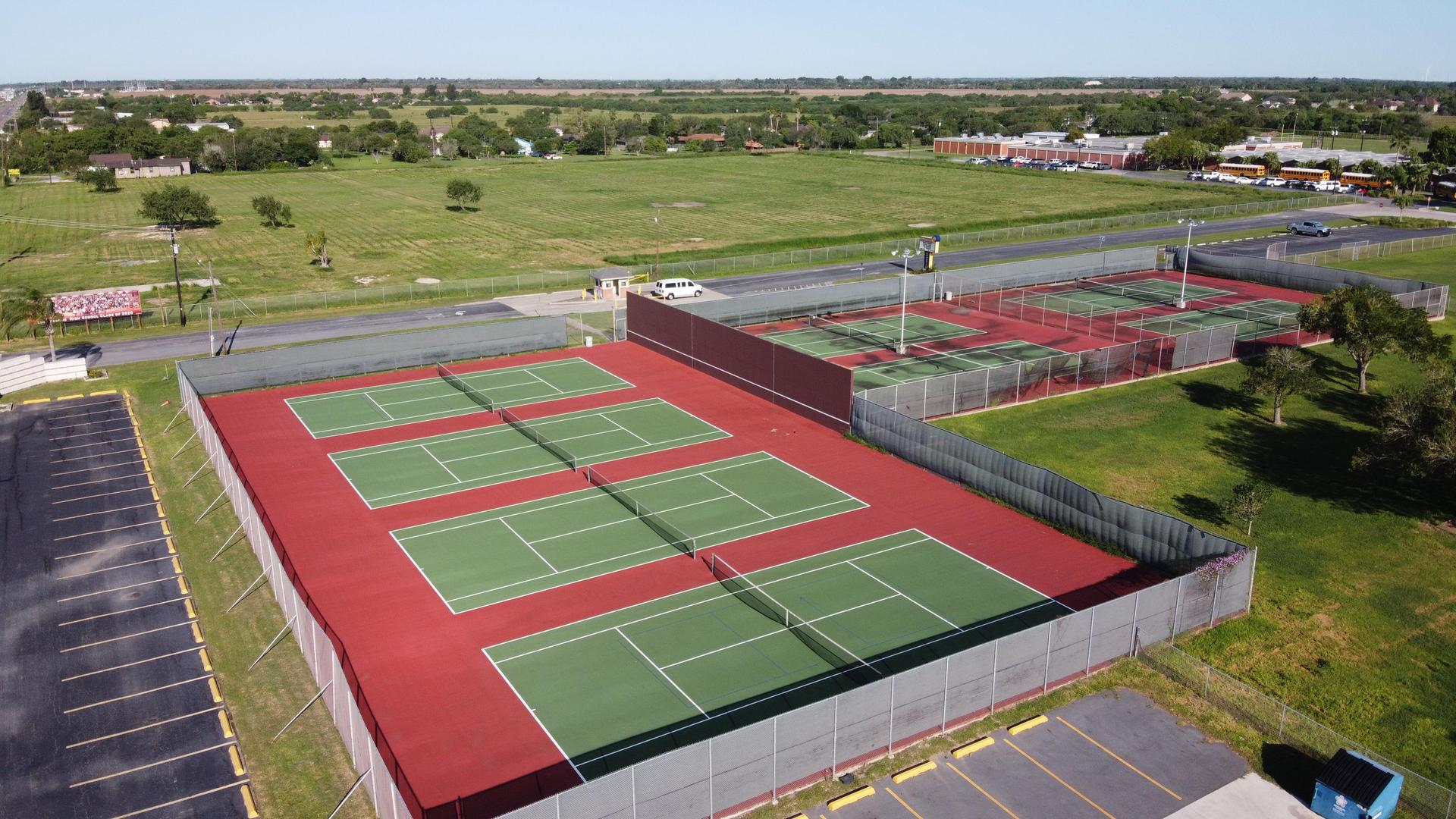 LCMS tennis Courts