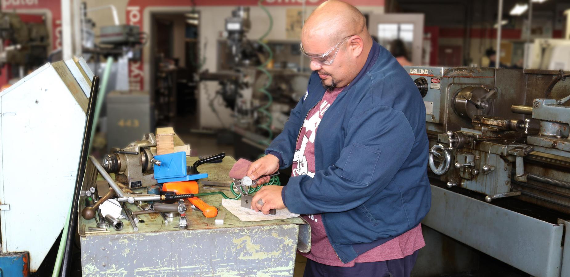 Machinist Program: CNC and MasterCAM Training