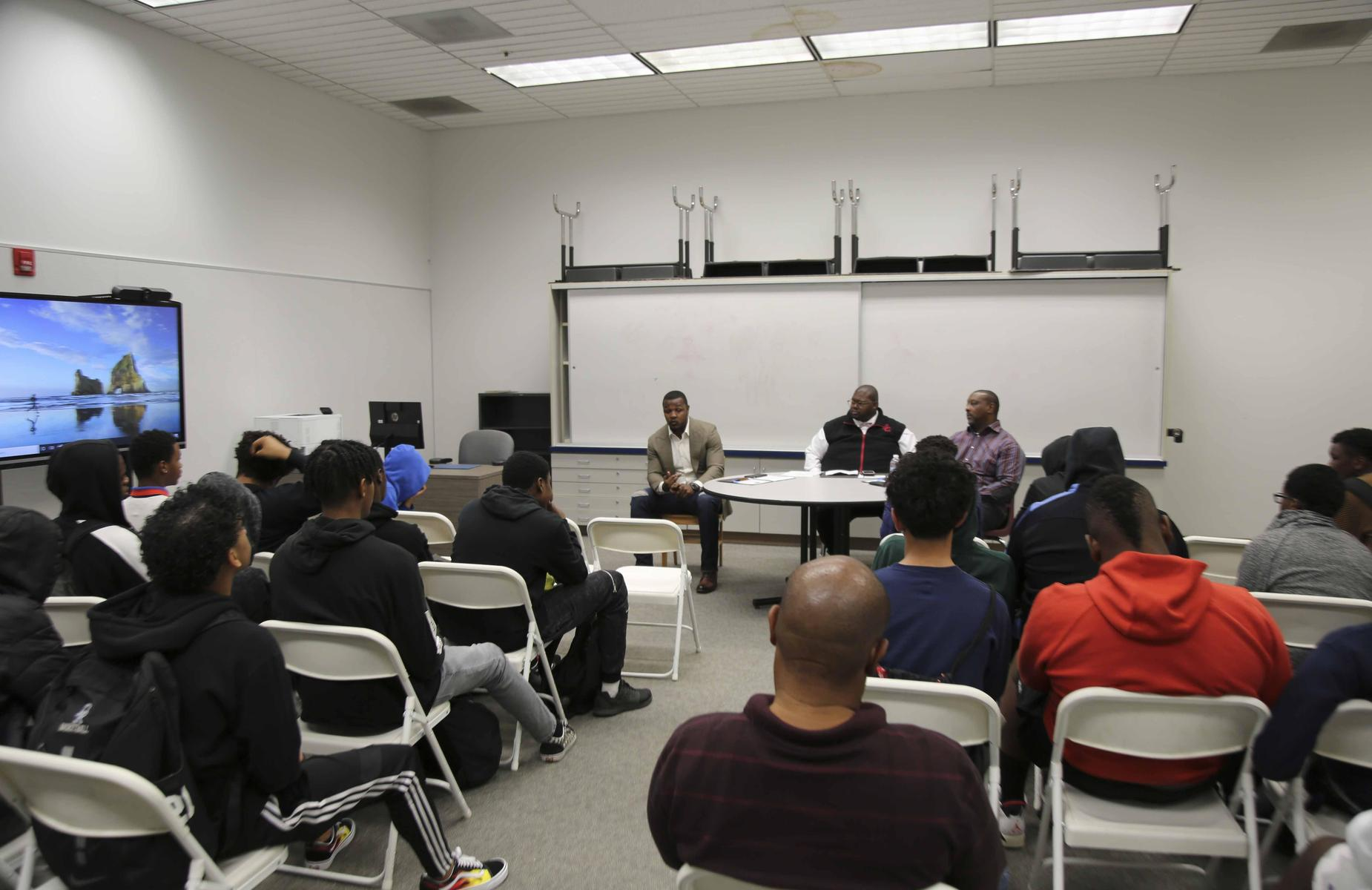 """The PUSD/PABSE #AfricanAmericanMale summit was amazing! This year's theme """"The Marathon Continues"""" #proud2bepusd"""