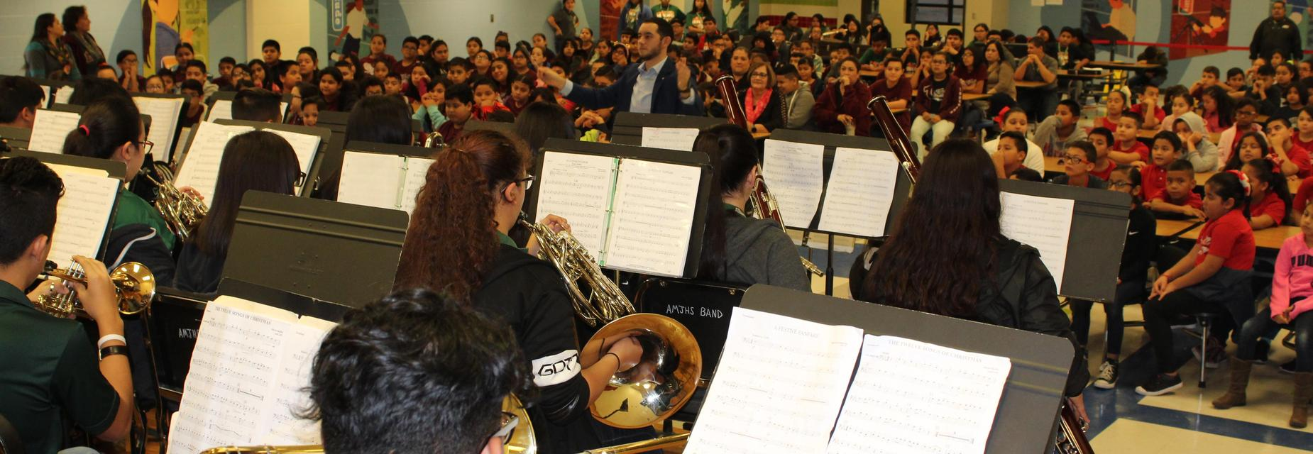 AMJH band visits the campus