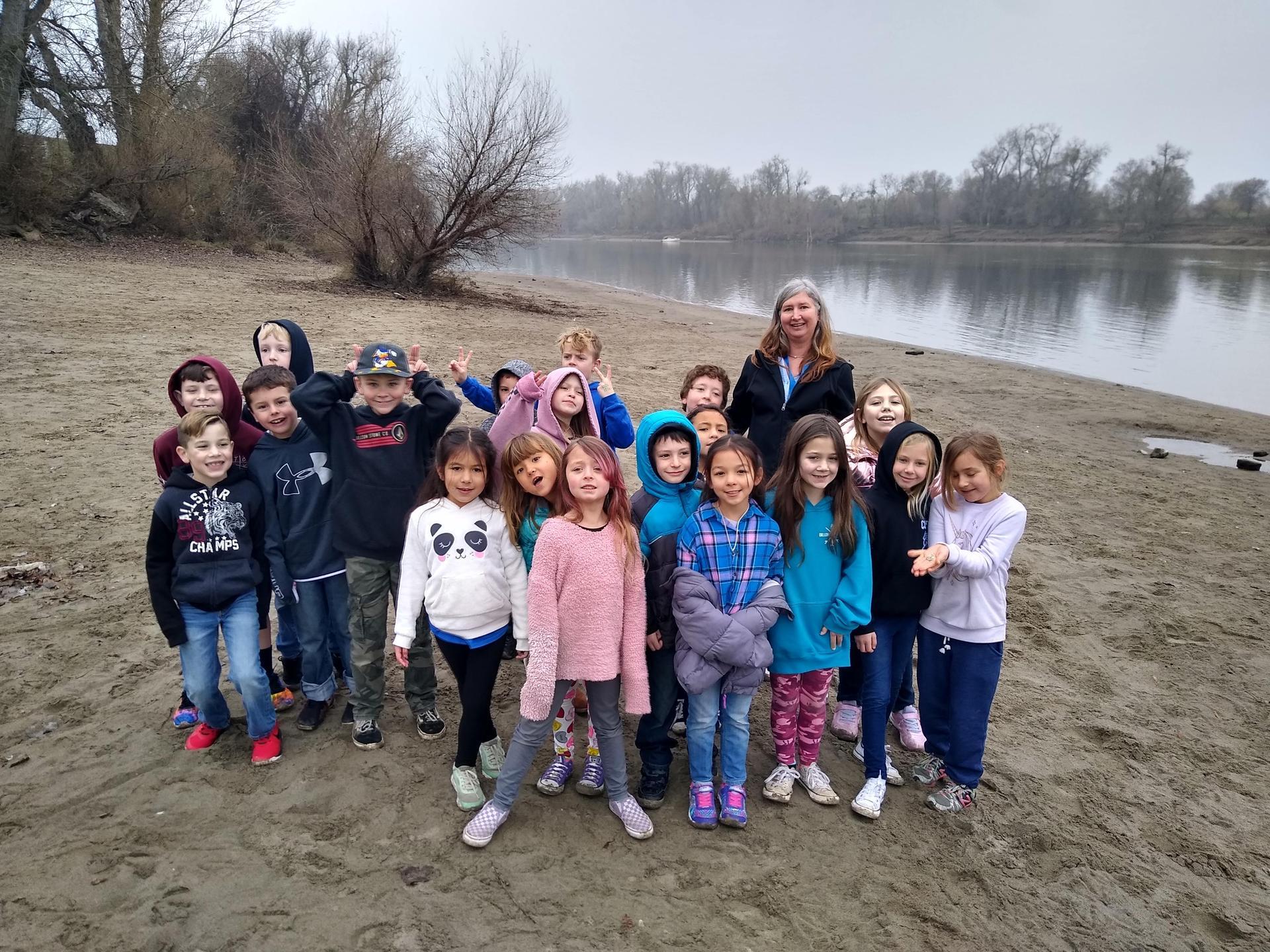 Salmon in the Classroom Field Trip
