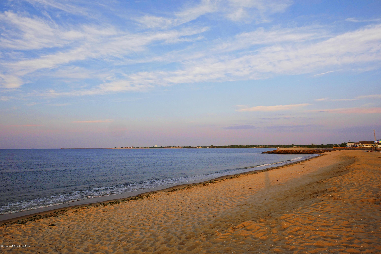 UB shore