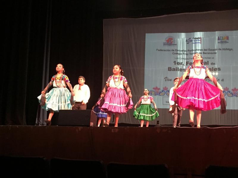 "1er Festival de Bailes Regionales ""Ven a disfrutar festejando a Mamá"" Featured Photo"