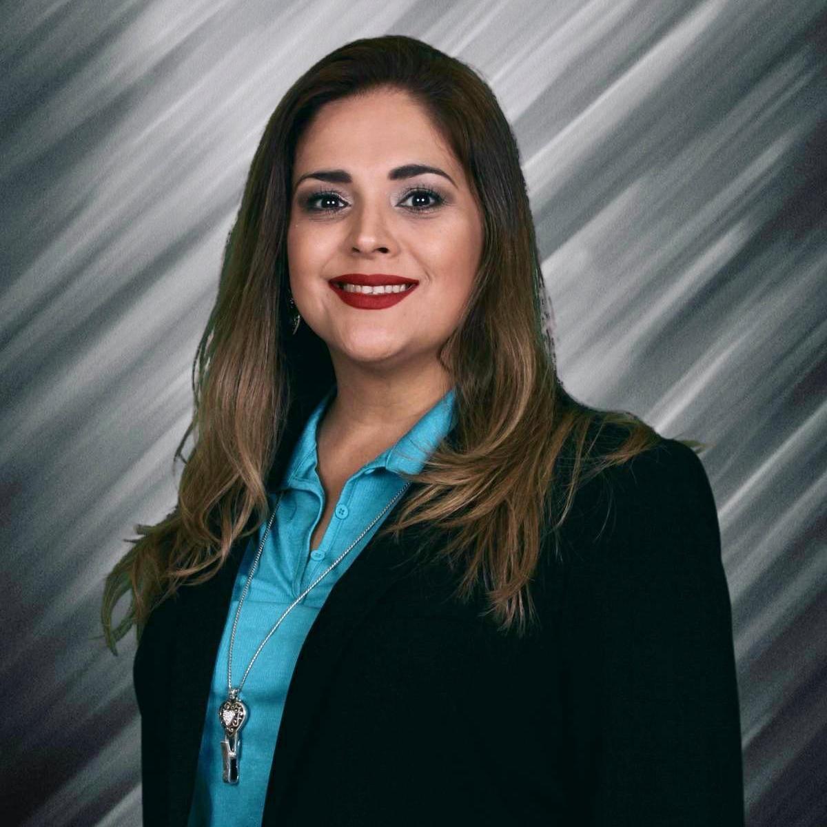 Ana Flores's Profile Photo