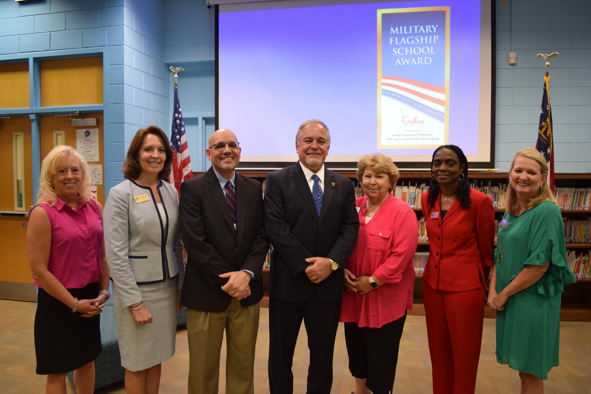 Group photo of superintendents with State Superintendent Richard Woods