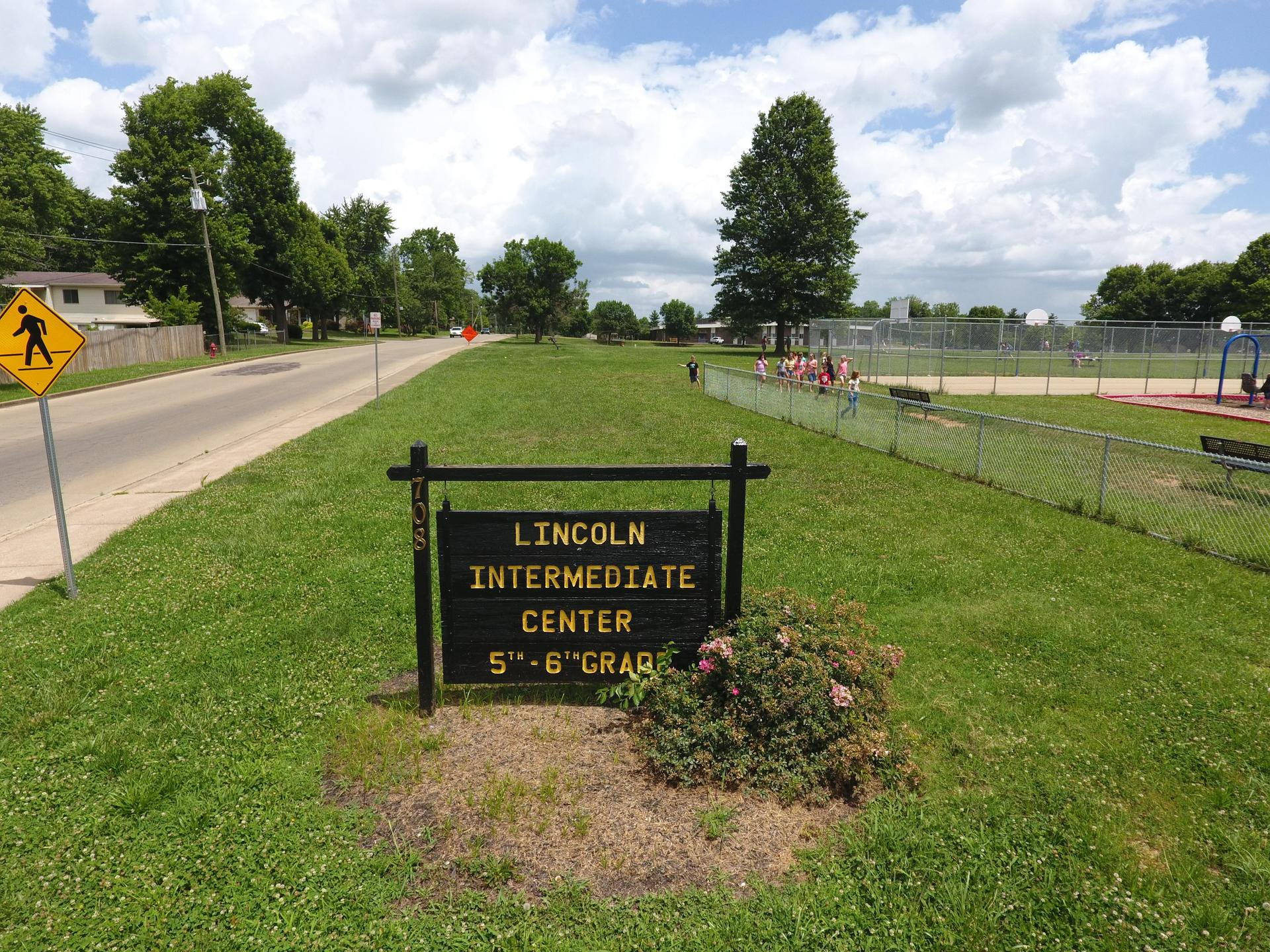 Lincoln Intermediate Sign