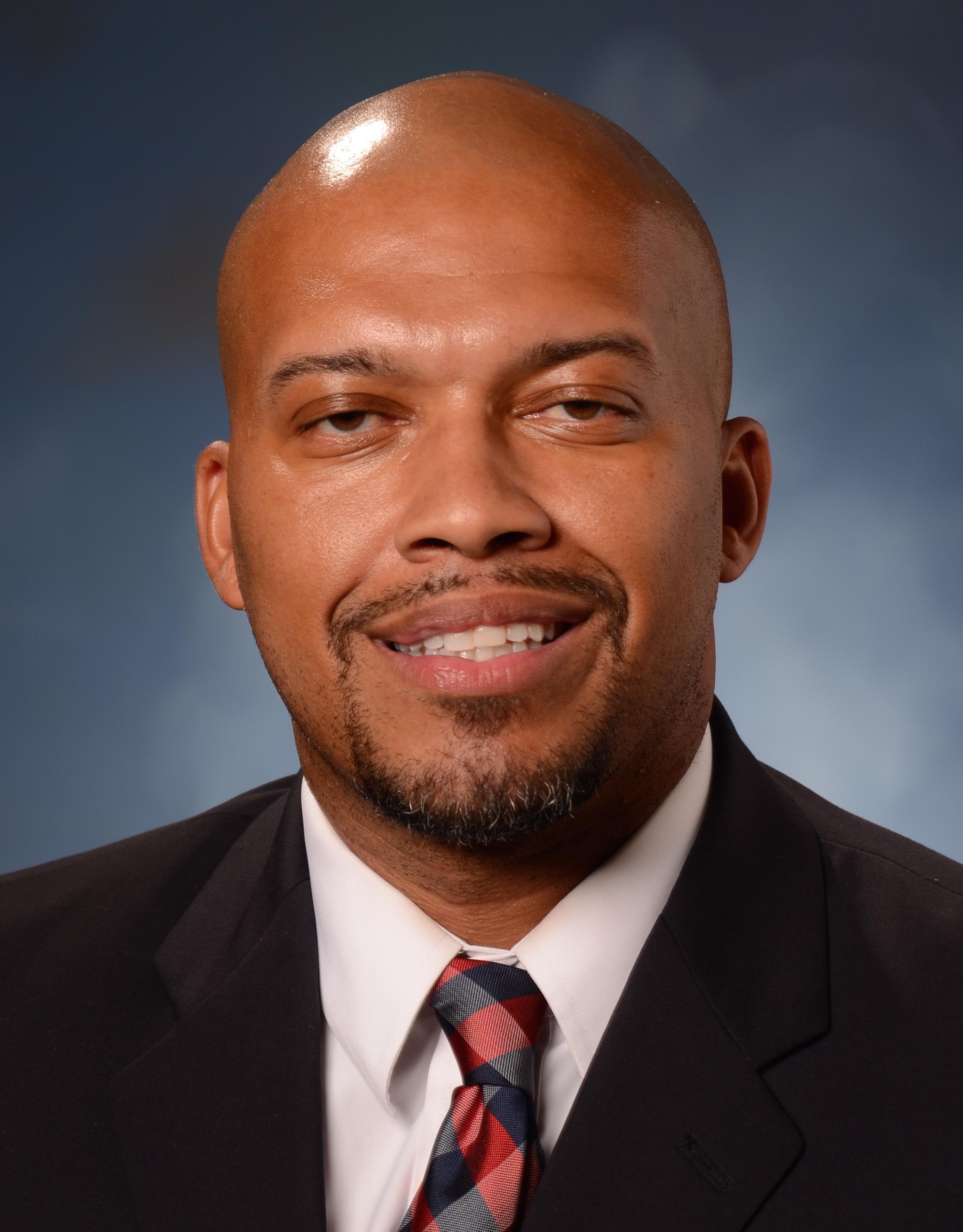 Principal Chris Earl
