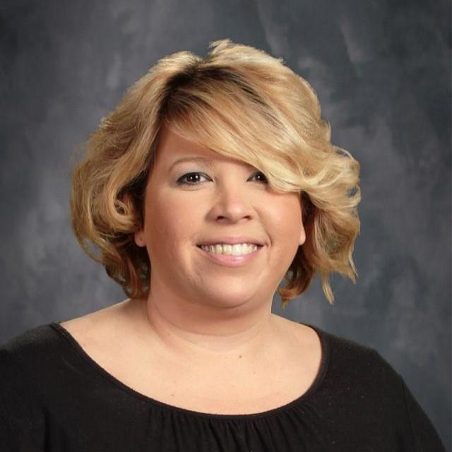 Della Enriquez's Profile Photo