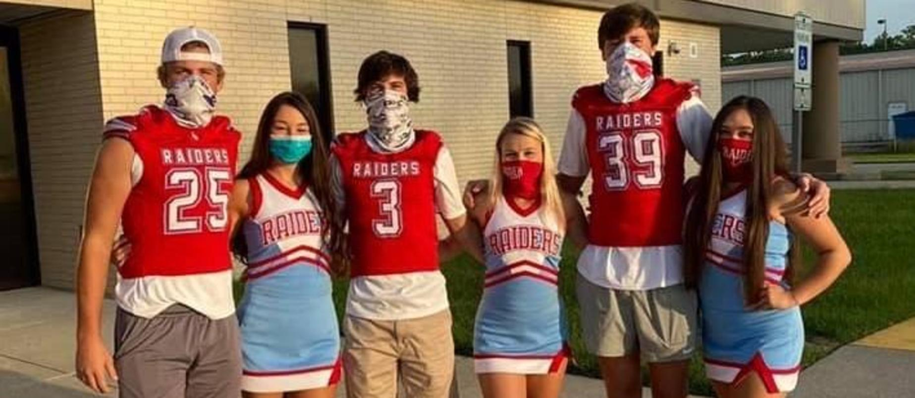 Lumberton High School Football and Cheer Students Greet Our Little Raiders