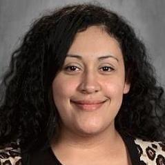 Loami (Pam) Hernandez's Profile Photo