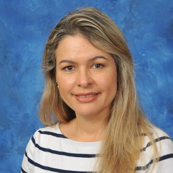Angela Cruz's Profile Photo