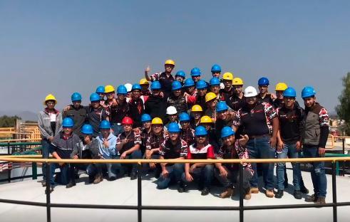 Alumnos de Aguascalientes, visitan la planta de Roshfrans Featured Photo
