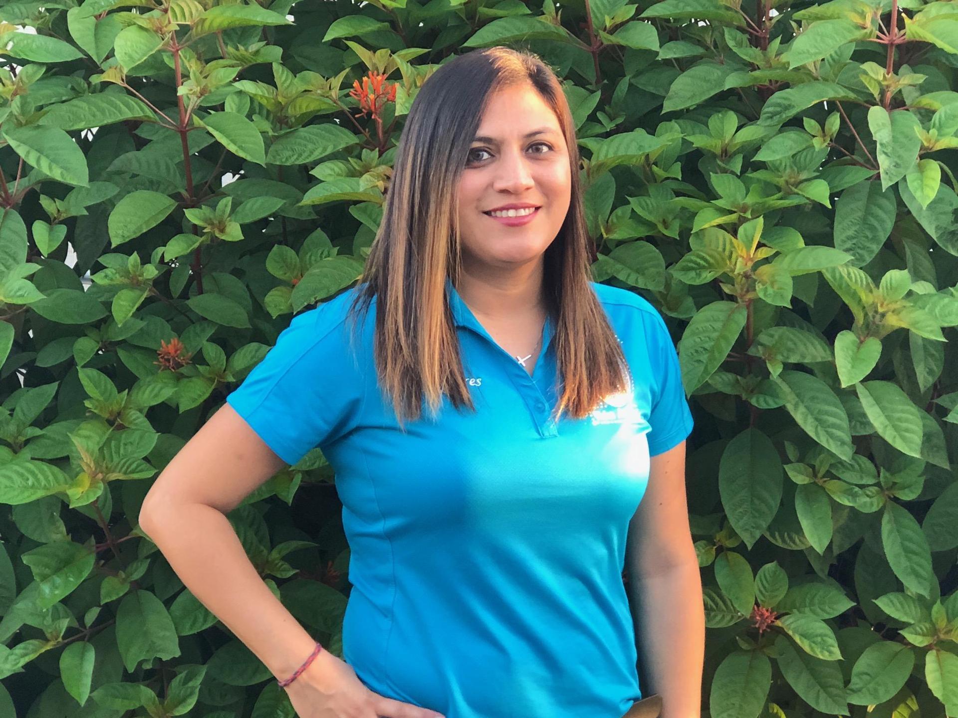 M. Flores Science Teacher