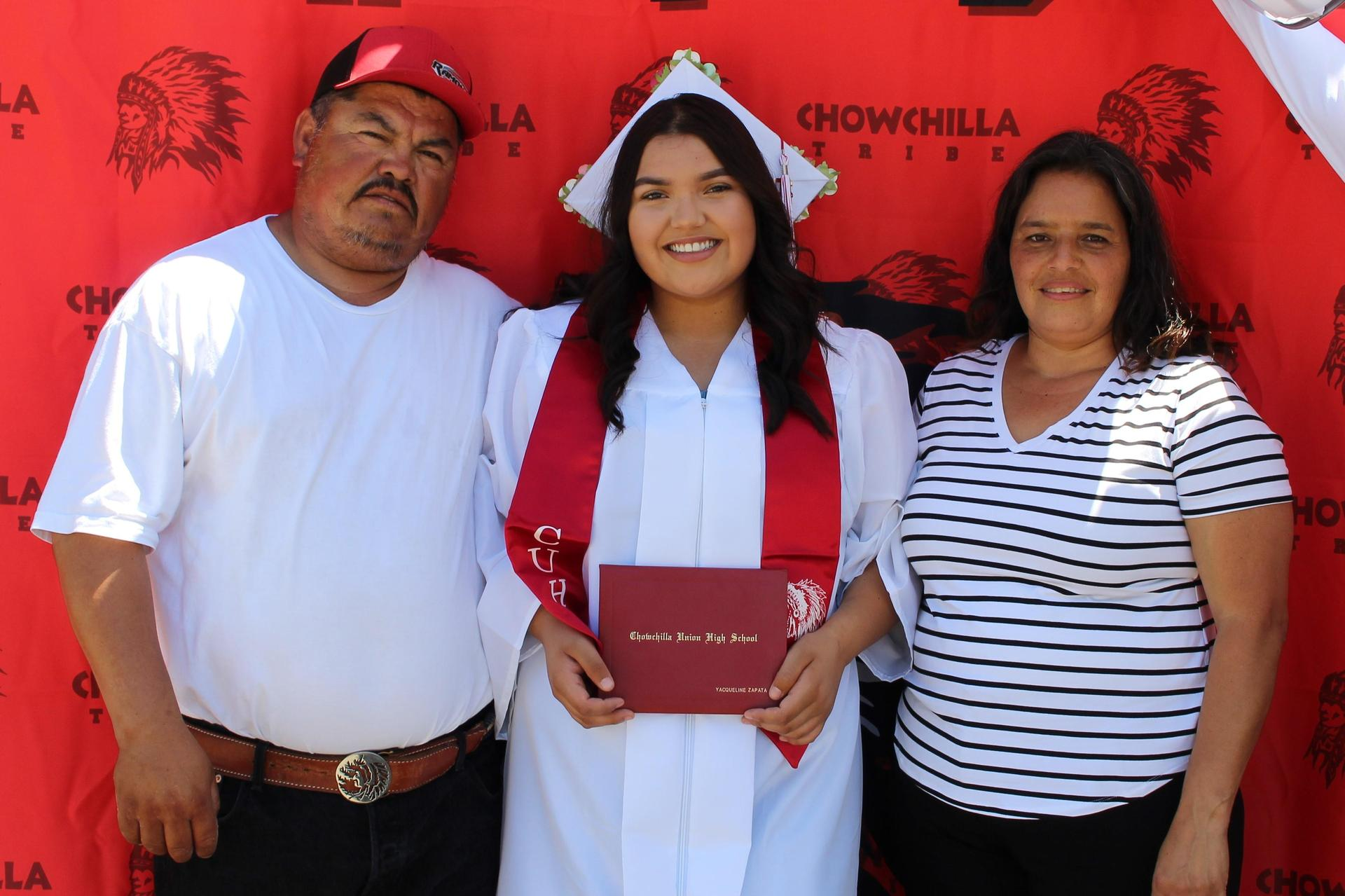 Yacqueline Zapata and family
