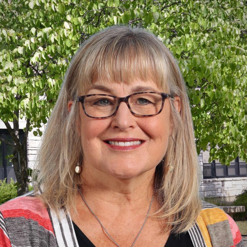 Lorrie Searle's Profile Photo