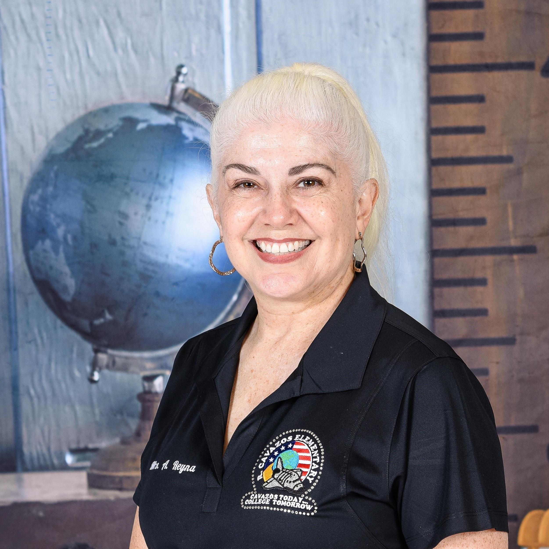 Ana Reyna's Profile Photo