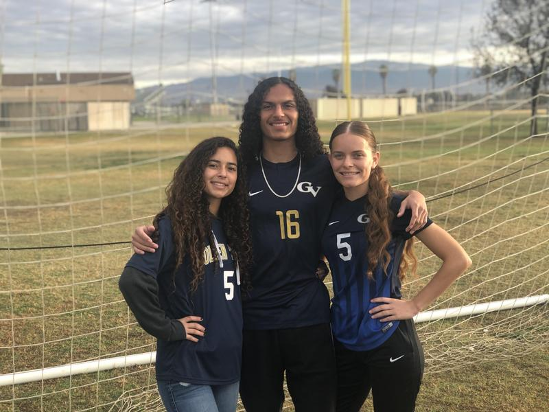 #BulldogSTRONG Student Spotlight Thanksgiving Special: The Reyes Sarmiento Siblings Thumbnail Image