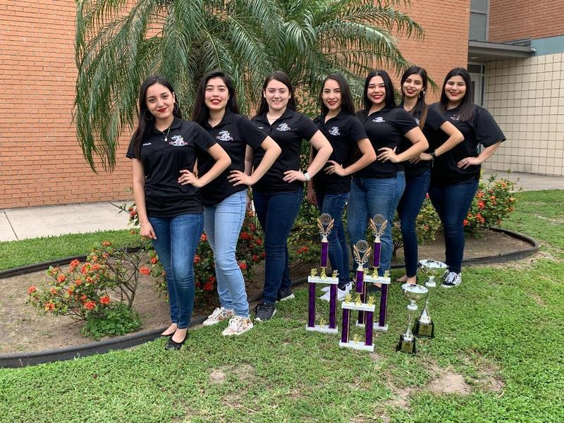 Folklorico Wins at Competition Featured Photo