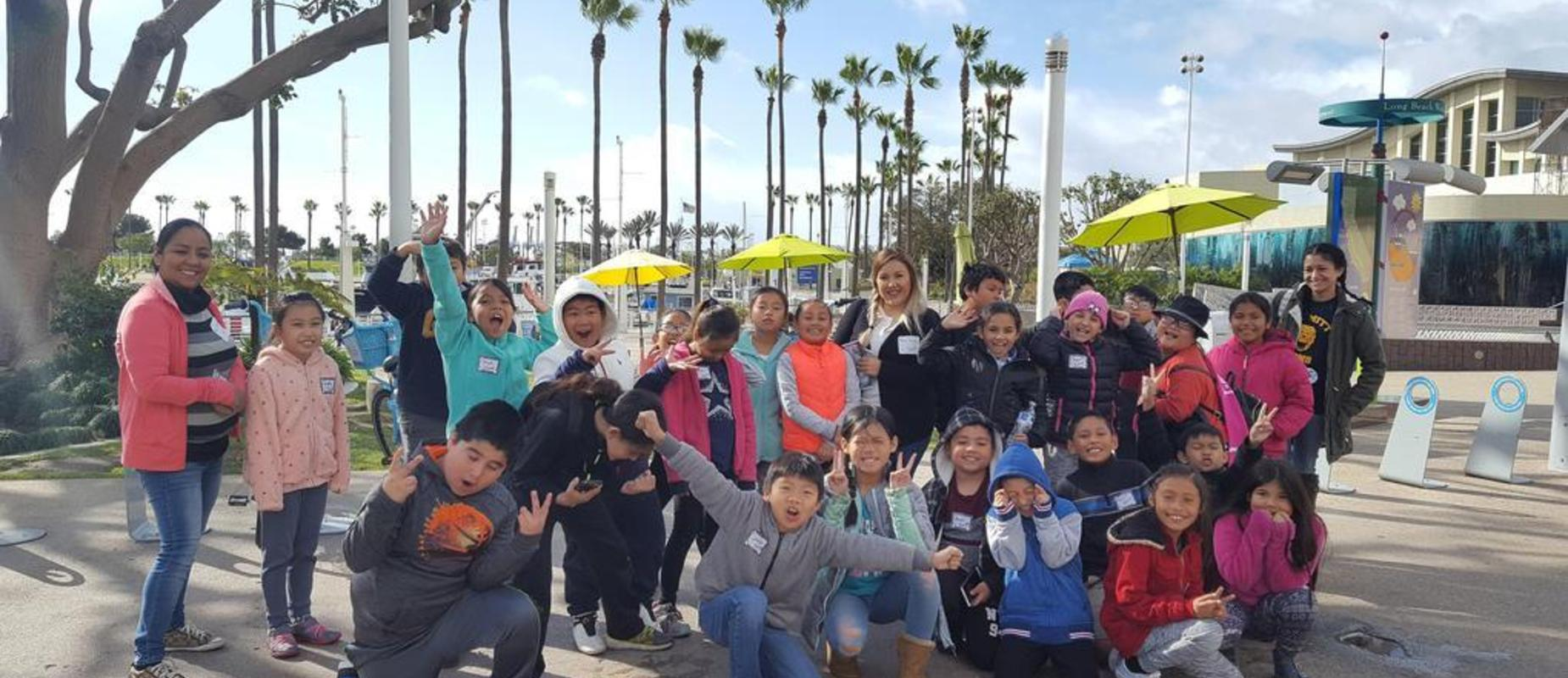 Students and chaperones at outside the Aquarium of the Pacific