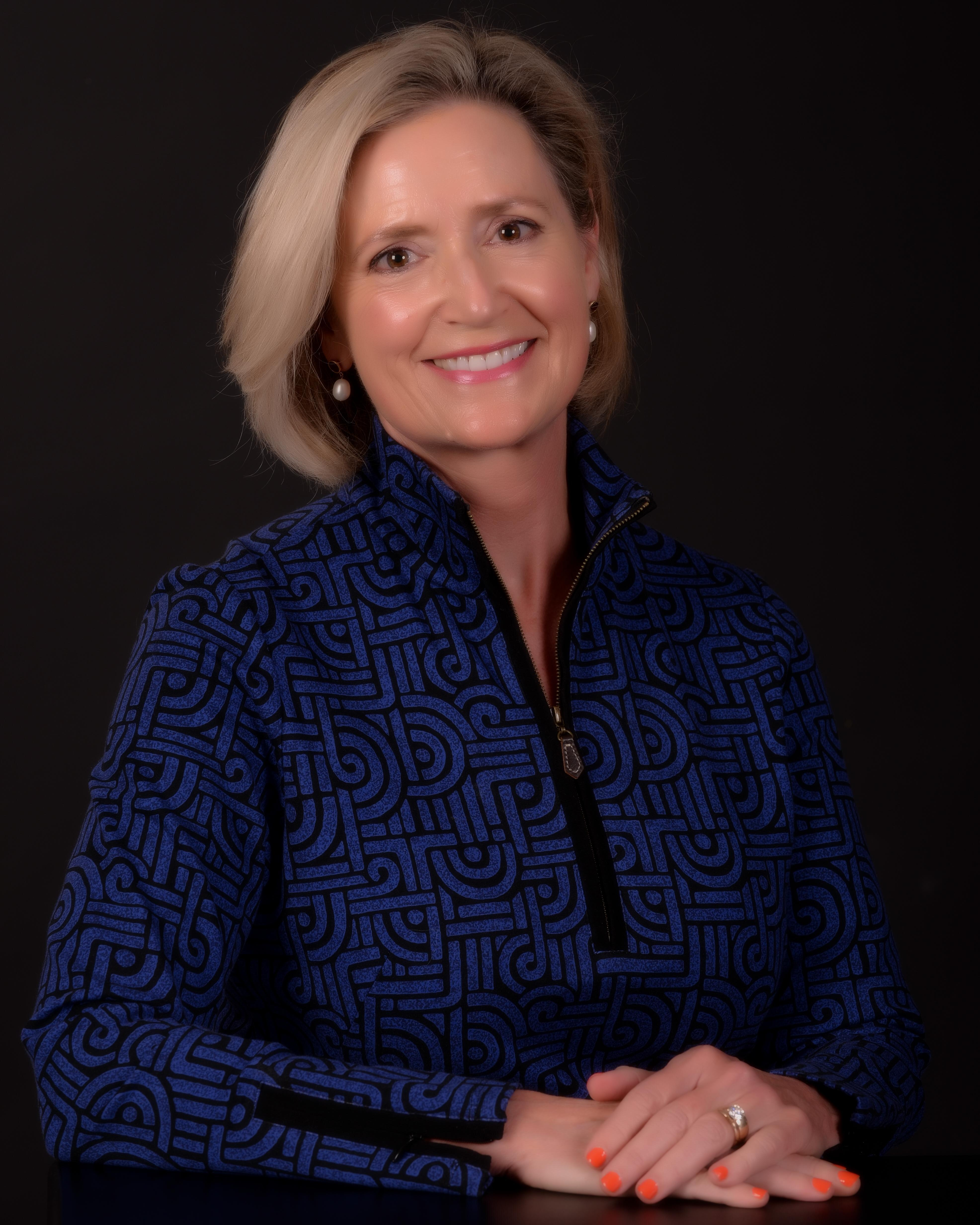 Cynthia Lee Smet