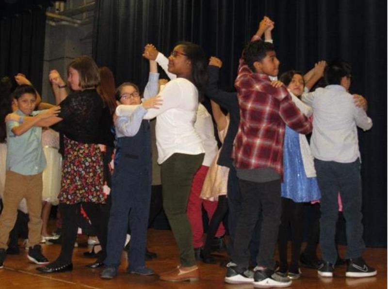 Dancing Classrooms / Salones de Baile Thumbnail Image