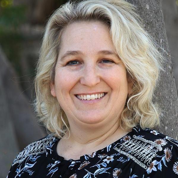 Julie Tunnermann's Profile Photo