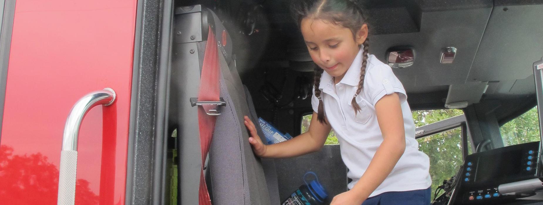 Marguerita students inside Alhambra fire truck