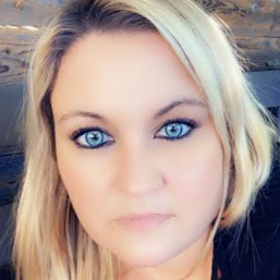 Liz Armstrong's Profile Photo