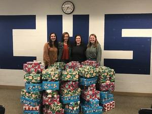 Civics students who donated presents to children