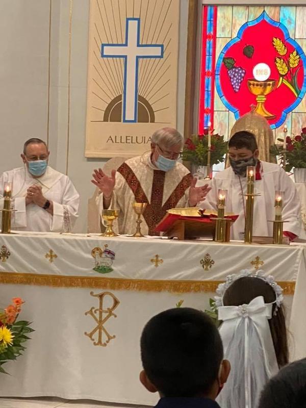 Monsignor- Mass