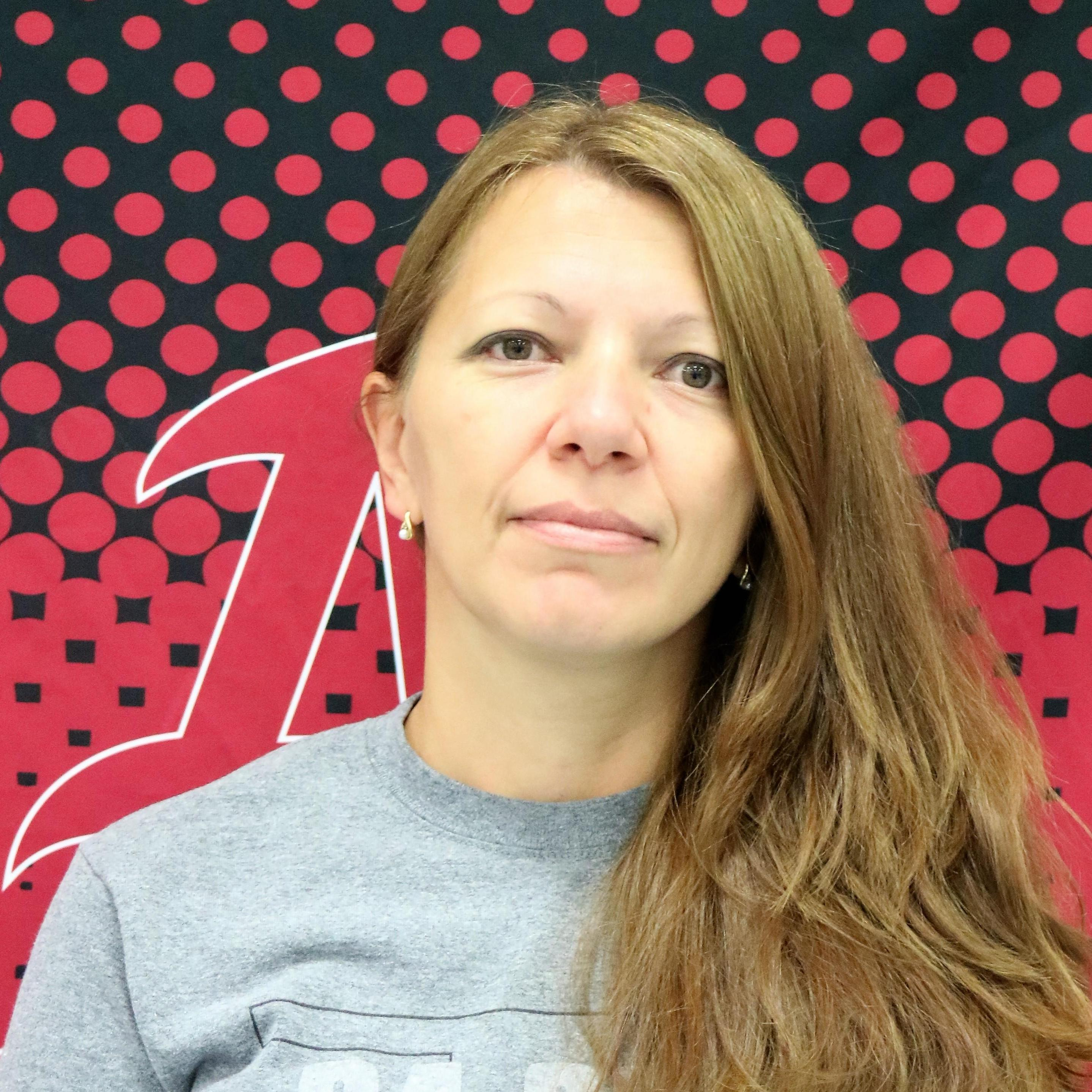 Elena Ionescu's Profile Photo