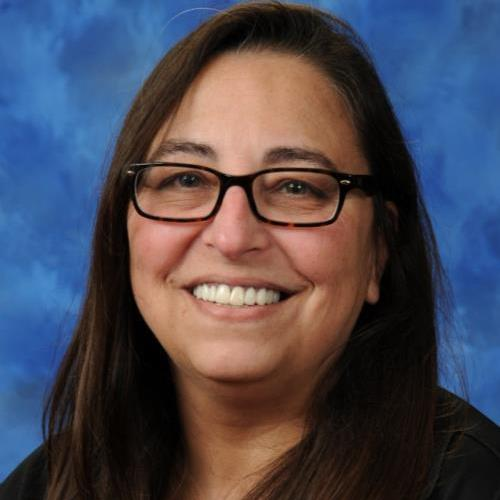 Stella Luzes's Profile Photo