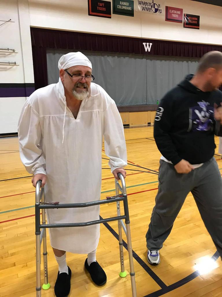 Teacher dressed up for homecoming