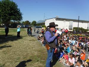 Sheriff Warnke addressing students