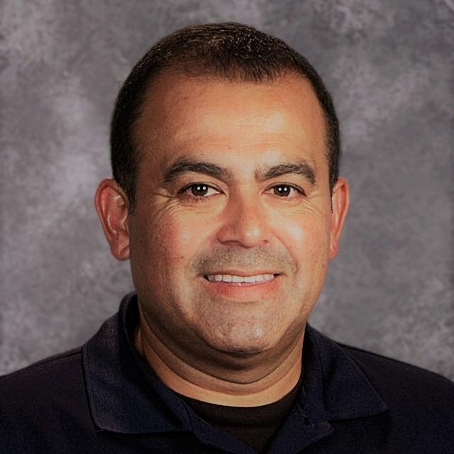 Benny Flores's Profile Photo