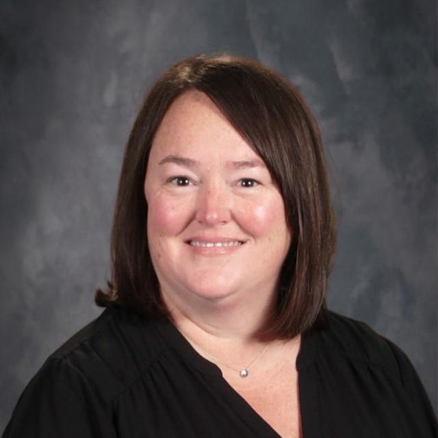 Elizabeth Schmutzler's Profile Photo