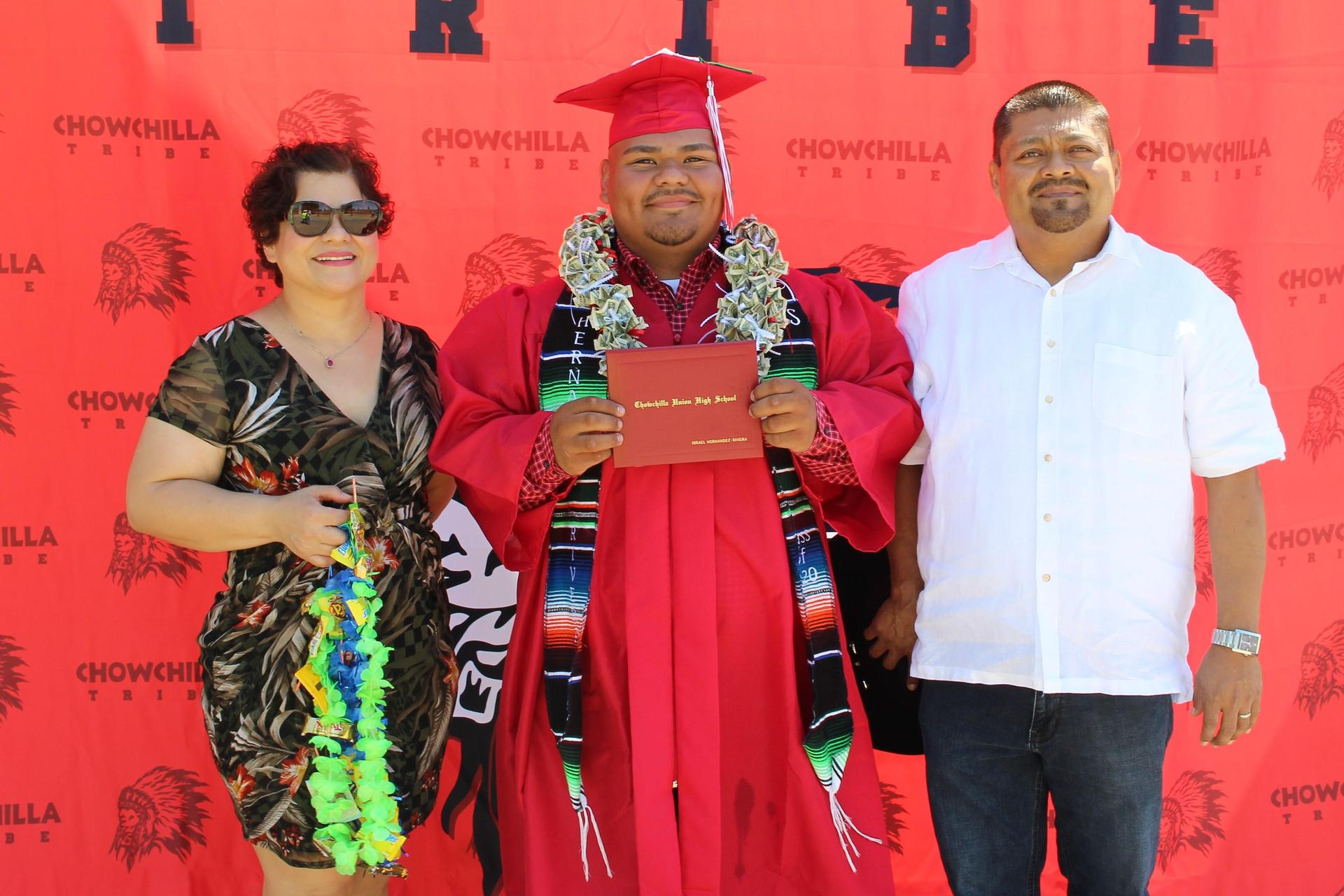 Israel Hernandez and family