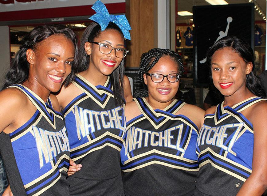 Natchez High School Cheerleaders