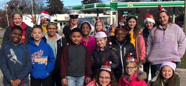 Ridgewood Students Give Back to Kids in Need Featured Photo