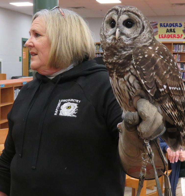 Low Country Raptors Visits HRMS Featured Photo