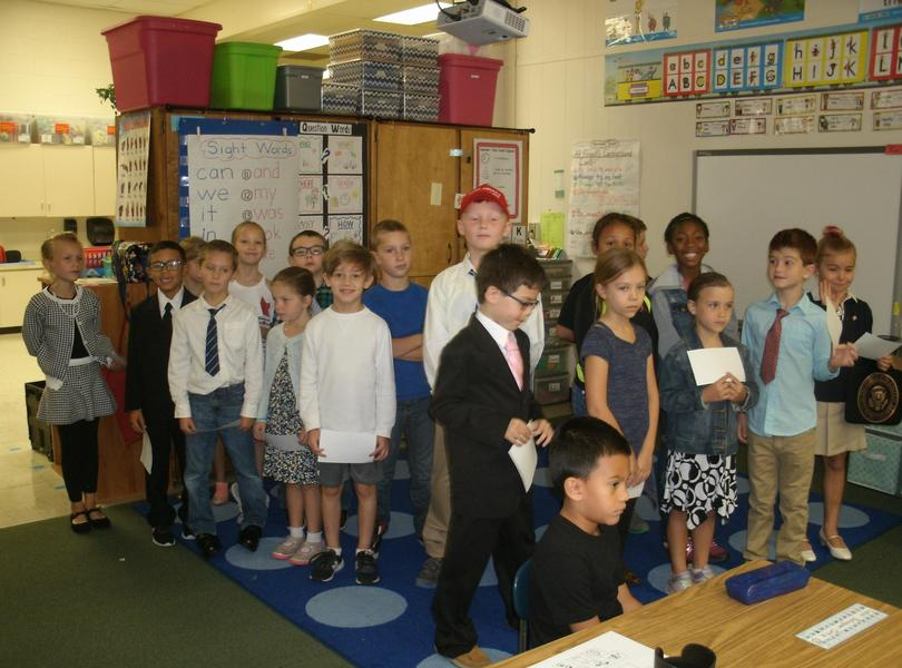 Mrs. Deaton's class prepared to give governmental presentations.