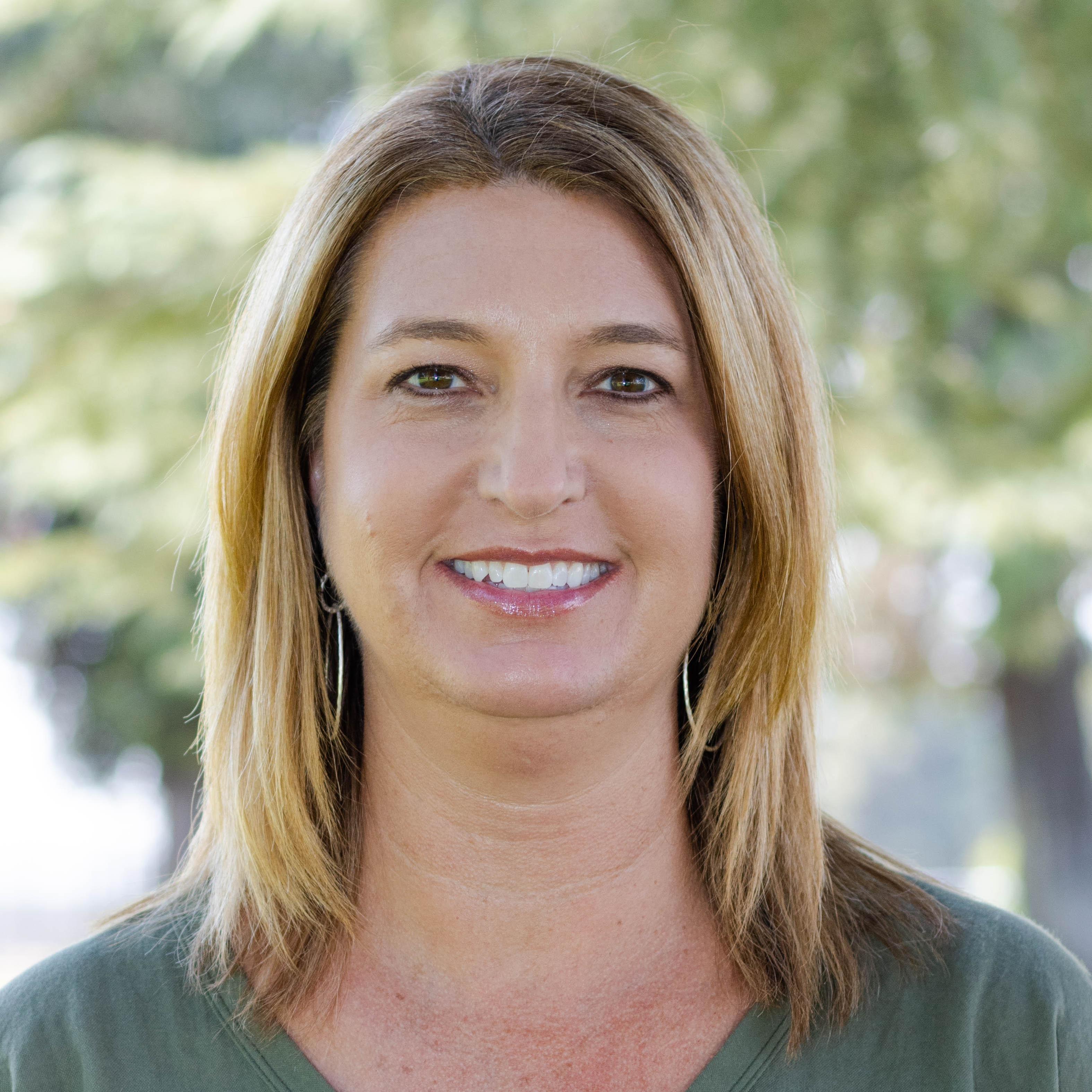Lisa Benson's Profile Photo