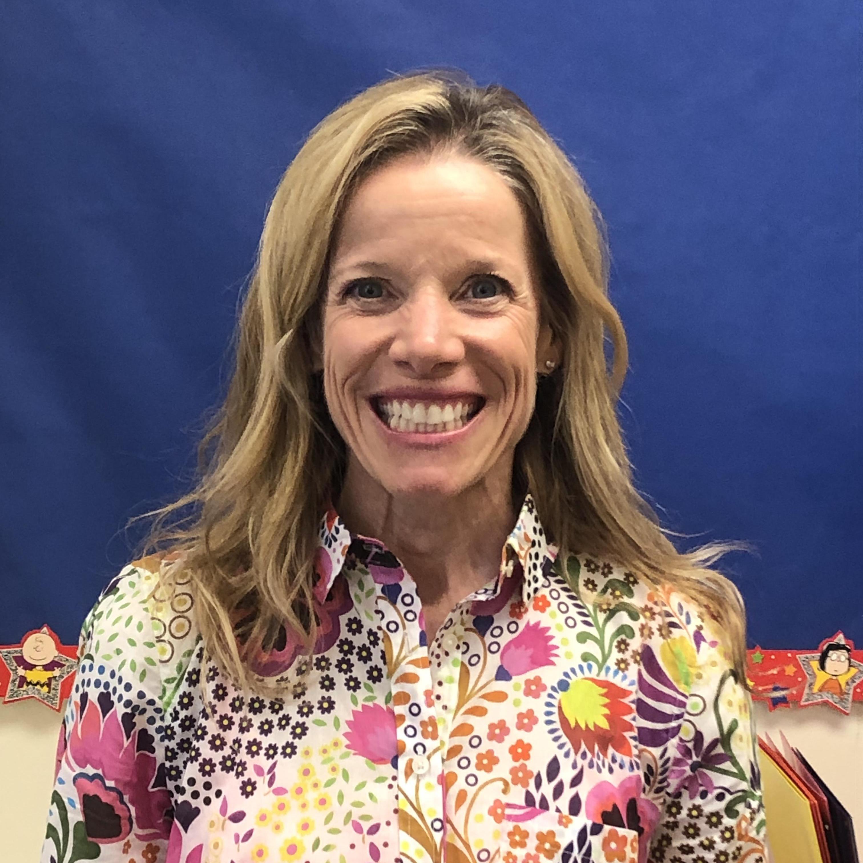 Angie Bakeis's Profile Photo