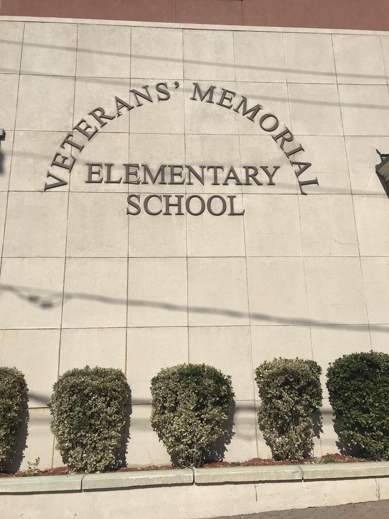 veterans memorial school marquee