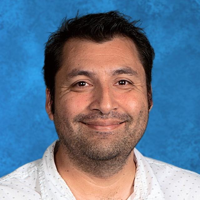Hugo Gomez's Profile Photo